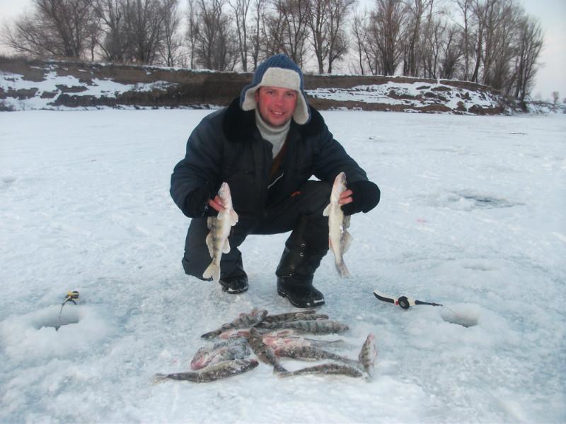 Рыбалка в Астрахани в январе